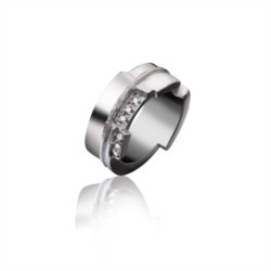 Anello in Argento 925 con Dimanti [Chaos Collection]